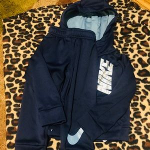 Dark blue 2 piece Nike boys set